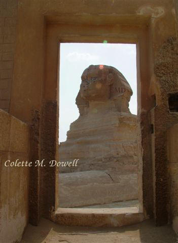 Image of Sphinx through Valley Temple door photograph taken by Colette Dowell